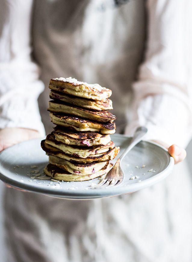 Jeg ELSKER morgenmad – faktisk er det nok mit yndlingsmåltid og jeg prioriterer det lige så højt, som de øvrige måltider. For det meste består min morgenmad af æg med fx. ost, grønt og kød, rester fra dagen før eller græsk yoghurt med nødder. Jeg sørger for at spise mig mæt om morgenen, og tænker …