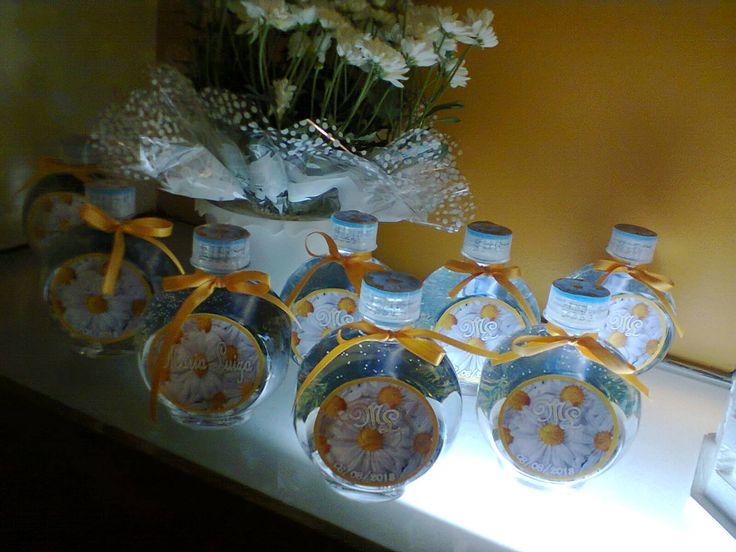 Garrafinhas de água mineral personalizadas