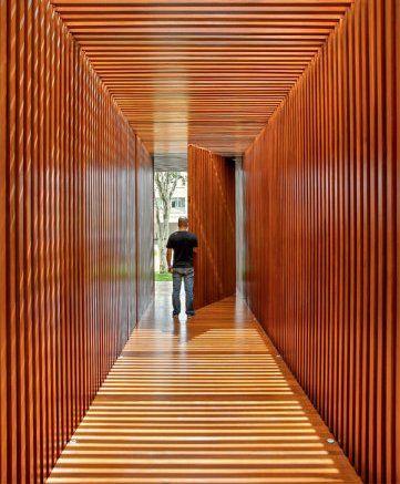 Resultado de imagem para painel madeira pau ferro