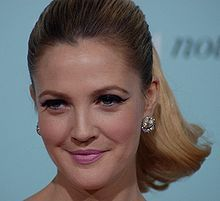 Gorgeous 60's inspired makeup on Drew Barrymore