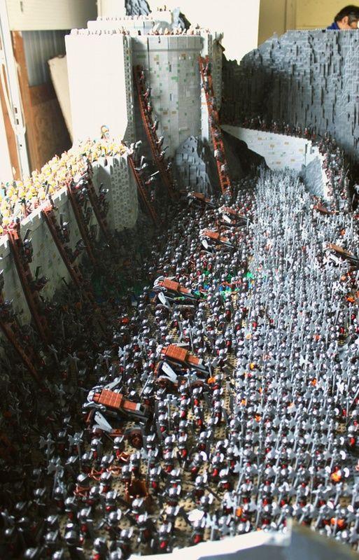 Helm's Deep Lego