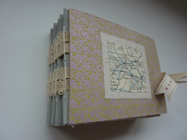handmade journal/// I like the binding on this journal!!!