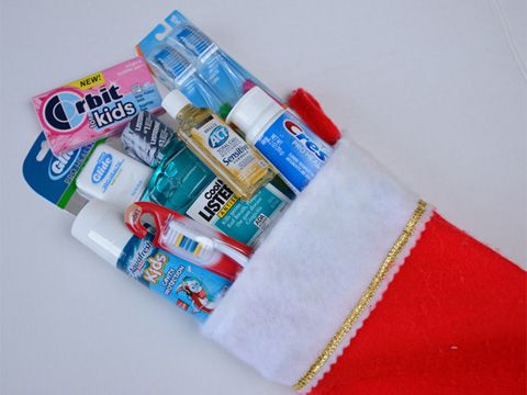 6 Ways to Keep Your Smile Bright This Holiday Season   Read more at: http://www.mouthhealthy.org/en/holiday-slideshow?source=promospots&content=rotator&medium=holiday_bright