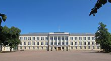 Reserve Officer School in Hamina. The main building from 1898 by Jacob Ahrenberg was originally the main building of the Imperial Cadet School of Finland, which used to be located in Hamina in 1821-1903. Since 1920, the main building has been used by the Reserve Officer School.