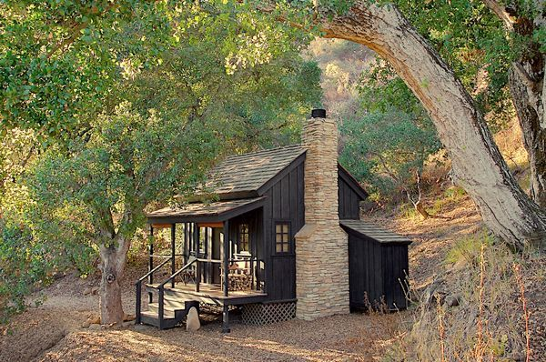 12X12 OFF-GRID CABIN ~2LINKS~ http://www.homedit.com/tiny-self-sufficient-house-in-california/