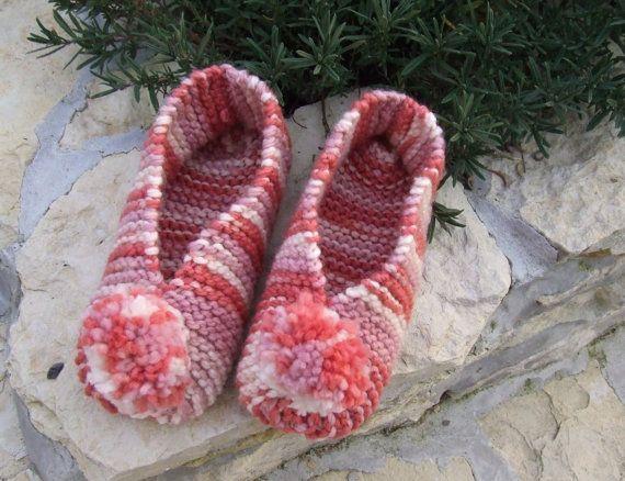 Slipper socks - knitted slippers - Ladies hand knit slipper socks / slippers…