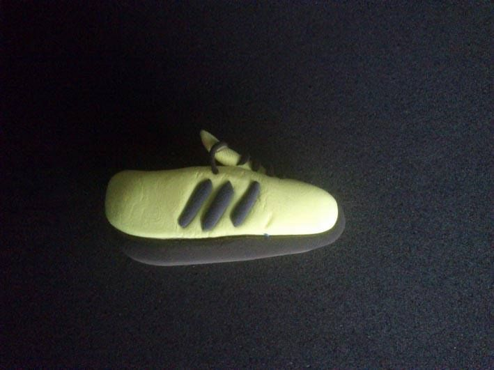 Broche de zapatilla...