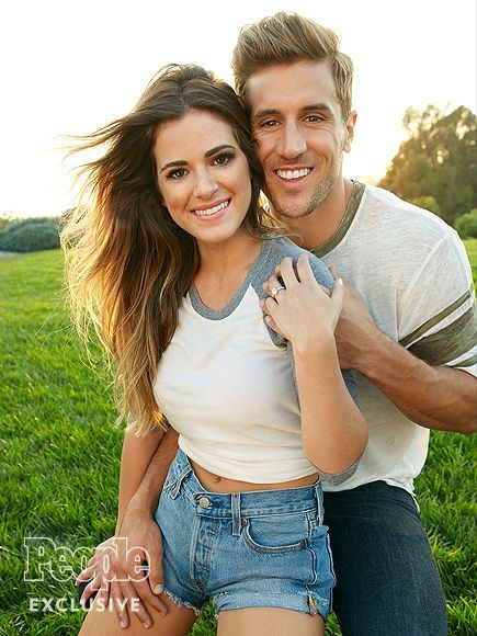 JoJo Fletcher and Jordan Rodgers Look 'Very Much in Love' on Malibu Lunch Date