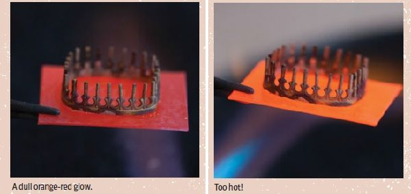 Don't Melt Your Bezels: How Hot is Too Hot When Soldering Jewelry and 4 Tips on How to Solder from Kate Richbourg - Dosare il calore durante la saldatura