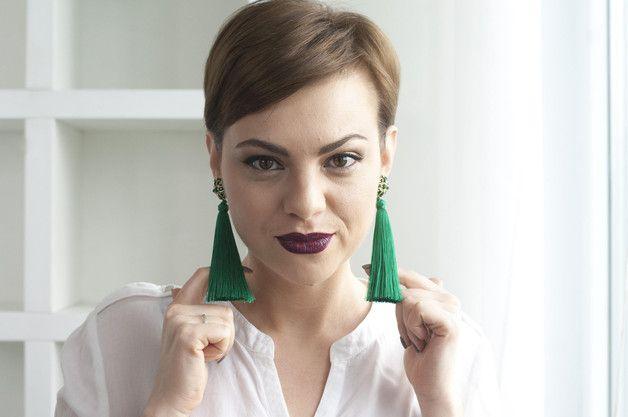Chandelier Earrings – Emerald Green Long Beaded Earrings – a unique product by LisaPopova on DaWanda