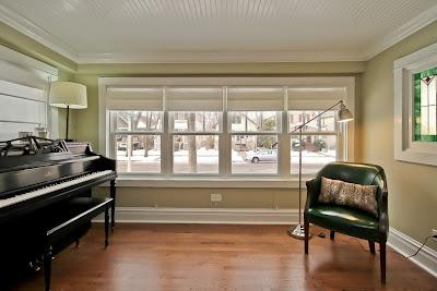 sitting room wonderwallhome benjamin moore camouflage #vintagechair #piano