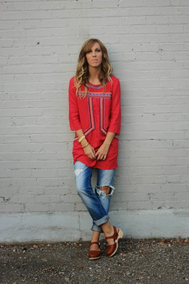 fabulous tunic and low wood tan clogs