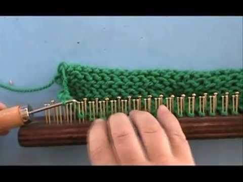 Excellent video on loom knitting techiniques s ♥LLkV-MRS♥ in spanish but easybto follow ----- Telares maya La Oveja Mari