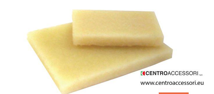 Tavoletta para per togliere residui di adesivo dalla tomaia. Natural crepe table to remove adhesive residue from the upper. #CentroAccessori