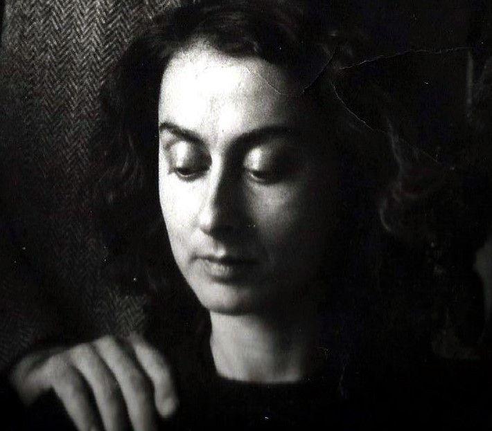 «Ο απαγορευμένος καρπός της γνώσης», γράφει η Μαρία Πανούτσου