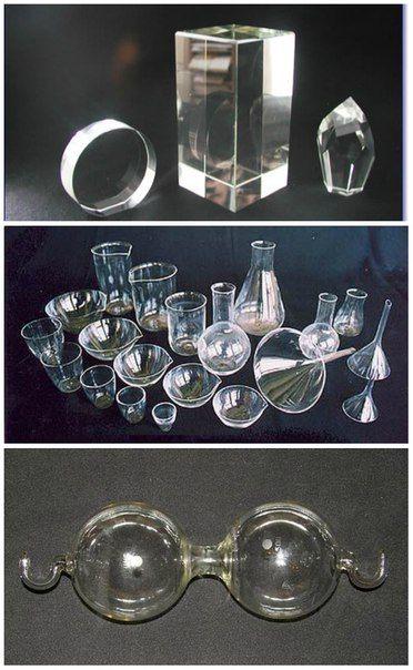 Надежность и многофункционал  Кварцевое стекло сейчас используется в самых разных сферах и для производства продуктов самого различного нрава, ведь этот материал действительно является надежным. Почти все аналитические осадки и растворы не вступаю в реакцию с кварцевым стеклом, поэтому, в лабораториях, оно является достойной заменой платиновой посуде. Еще одно свойство кварцевого стекла - оно выдерживает большие перепады температур.