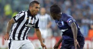 Carlos Tévez debutó en el 2001 con Boca Juniors. Hoy juega Olympiakos vs Juventus. Octubre 22, 2014