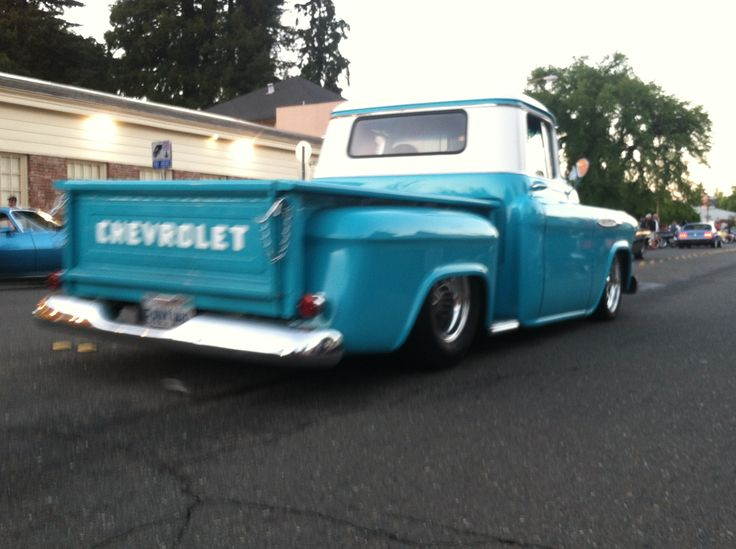 This the kinda truck I want! Old Chevy truck that has 'Chevrolet' across the tailgait!