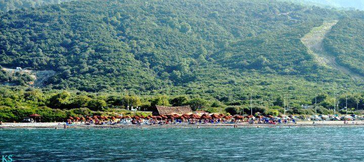saoki beach bar at Samothrace    http://alternatrips.gr/saoki-the-musicality-beach-bar/