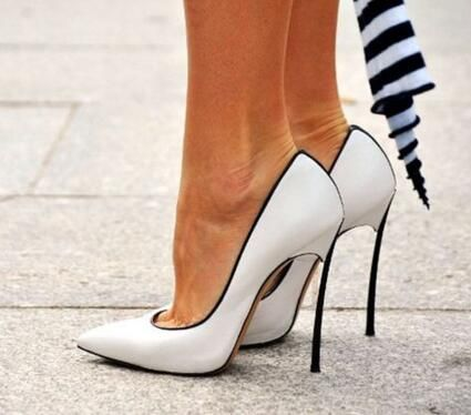 Donne Tacchi A Spillo Pompe Tacco Lame Metallic Lama Corte Scarpe Donna Scarpe A Punta Stile Chaussure Femme Slip On Scarpe Donna