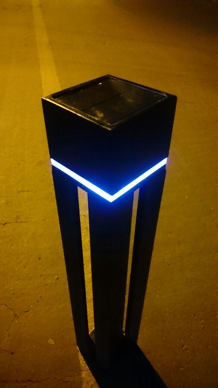 Diseño y fabricación de bolardo con iluminación alimentada con panel solar