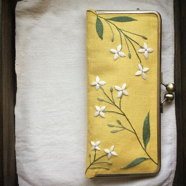 ブバリアのお財布♪ #刺繍 #刺しゅう #財布 #ブバリア