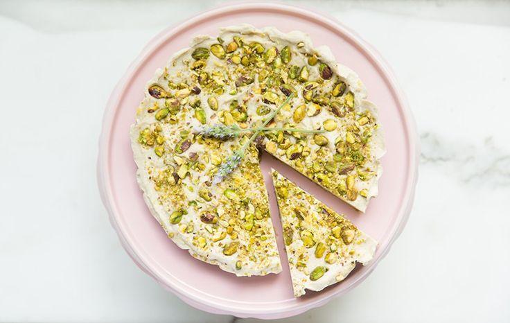 Lemon and Pistachio Raw Cheesecake | Move Nourish Believe
