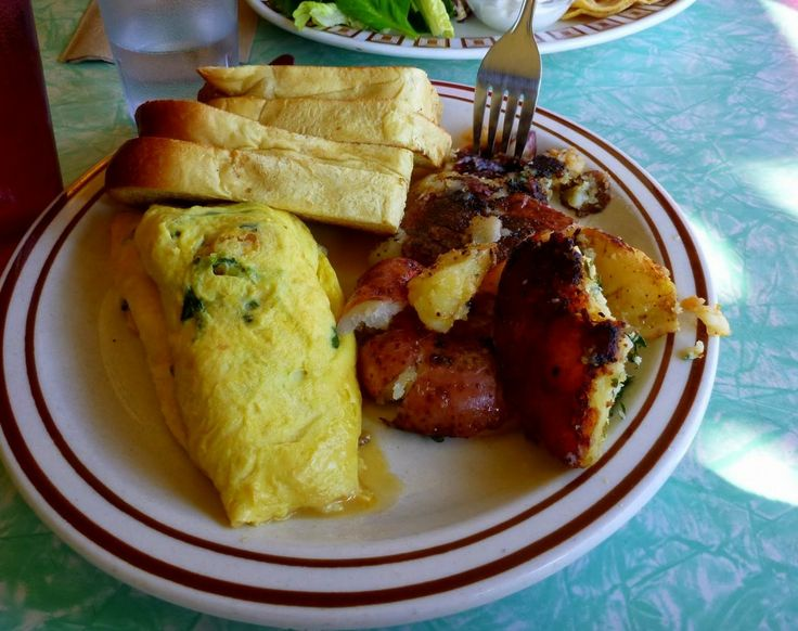 omelette special: butternut squash, goat cheese, spinach and green ...
