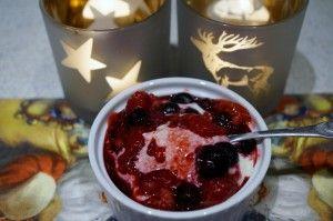Frozen almond / marzipan yoghurt