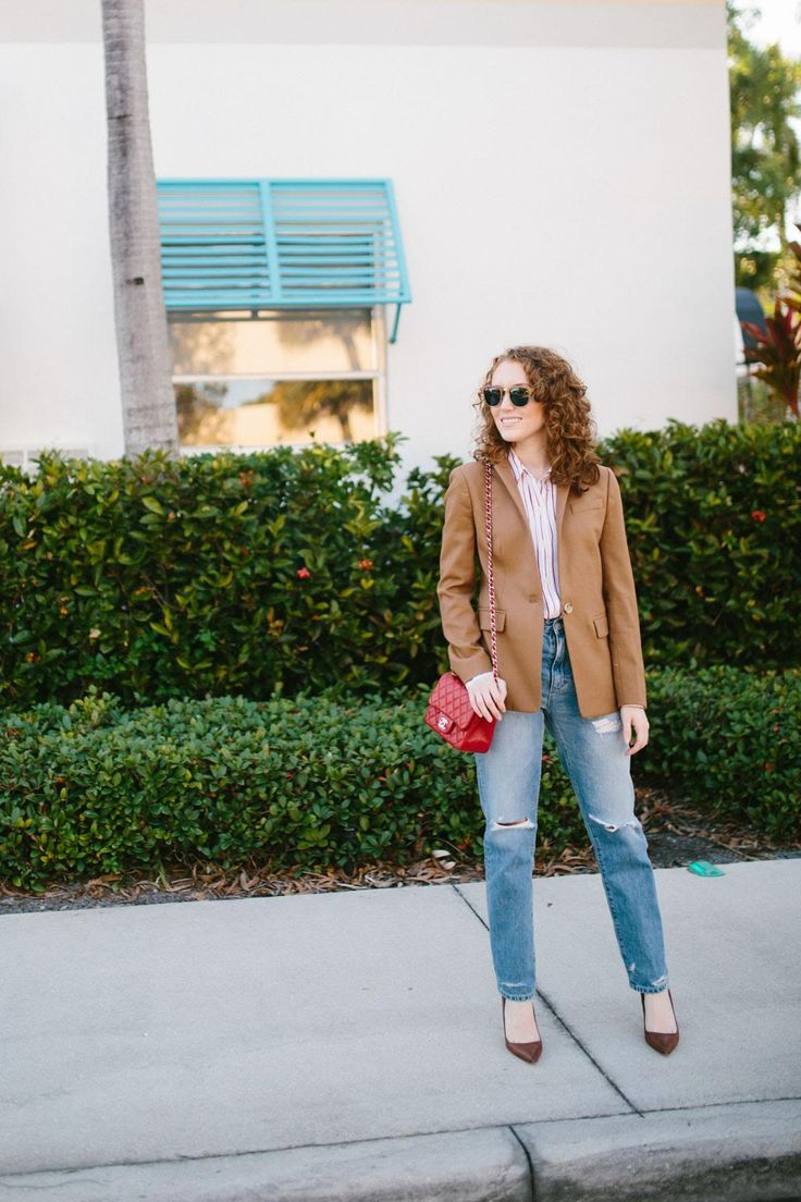 Brown blazer with jeans and chocolate heels