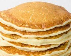 Pancakes Weight Watchers 1 PP. Fourchette & Bikini http://www.fourchette-et-bikini.fr/recettes/recettes-minceur/pancakes-weight-watchers-1-pp.html