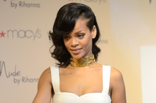 Rihanna Gets Restraining Order Against Fan- http://getmybuzzup.com/wp-content/uploads/2013/02/rihanna-600-526x350.jpg- http://gd.is/XMJGeH