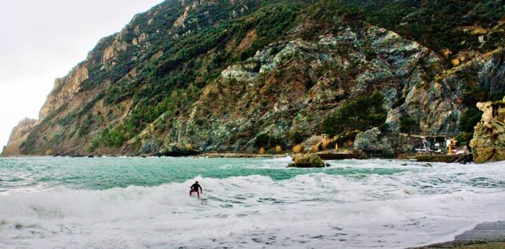 #Ripcurl search #CinqueTerre starts in Levanto; Photo by #Surf Levanto
