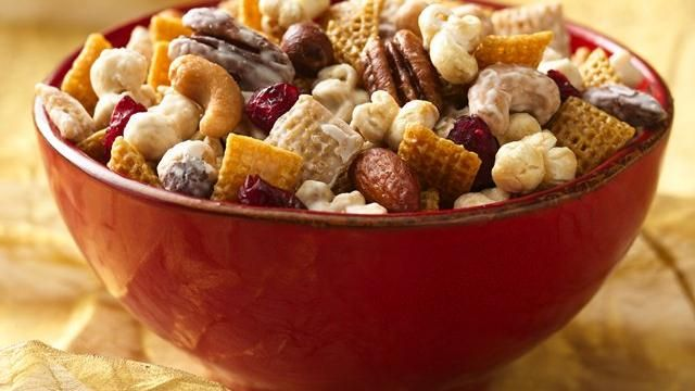 Caramel Corn Chex® Mix Recipe: Chexmix, Corn Chex, Corn Inspiration Parties, Mixed Recipes, Snacks Mixed, Parties Mixed, Chex Mixed, Cranberries, Caramel Corn