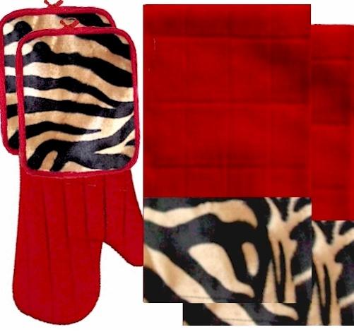 Animals Bordering Africa Animal Print Kitchen Linen Set Red/Leopard $35