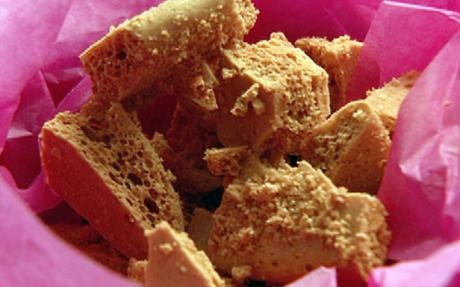 Honeycomb (Hokey Pokey) - Nigella Lawson recipe 2