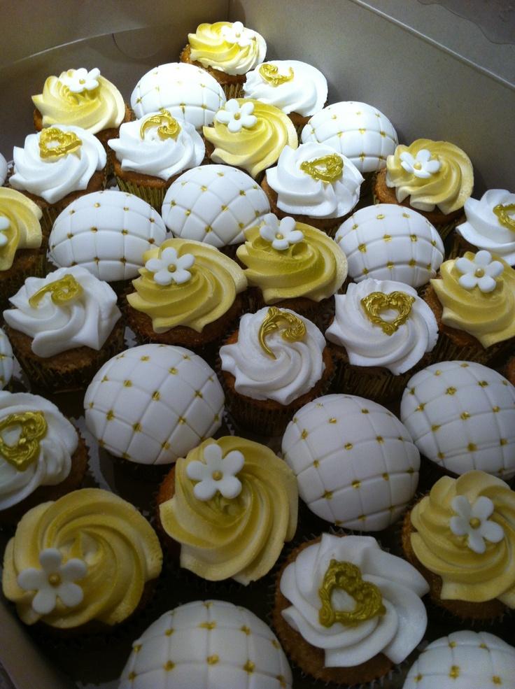 50th Anniversary cupcakes 50 th anniversary Pinterest