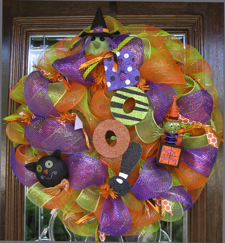 Picture Frames Whimsical Halloween Wreaths 9