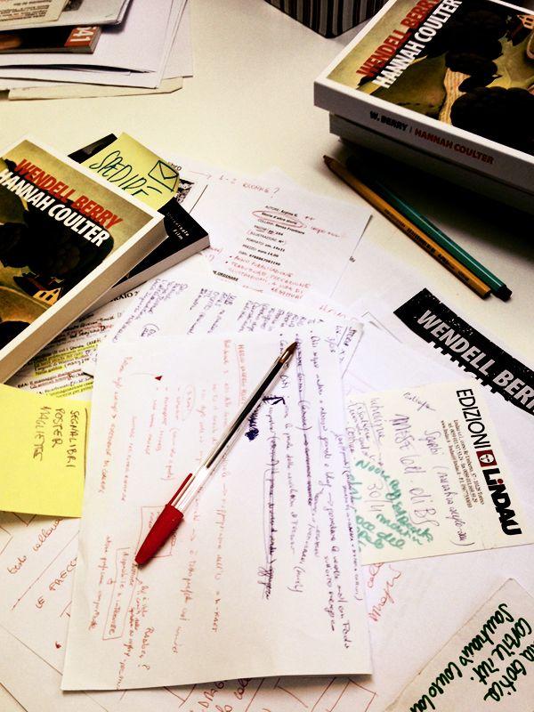 Il caos dell'ufficio stampa.