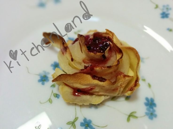 #rose  di  #pasta   #sfoglia   #gialloblogs   #giallozafferano   #ricette   #ricettefacili   #ricettadelgiorno   #cucina   #cucinaitaliana   #food   #foodblogger   #foodphotography   #italianfood   #cooking   #dolci   #sweet