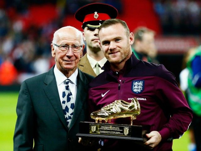 Roy Hodgson: 'It will take a lot to leave Wayne Rooney out'