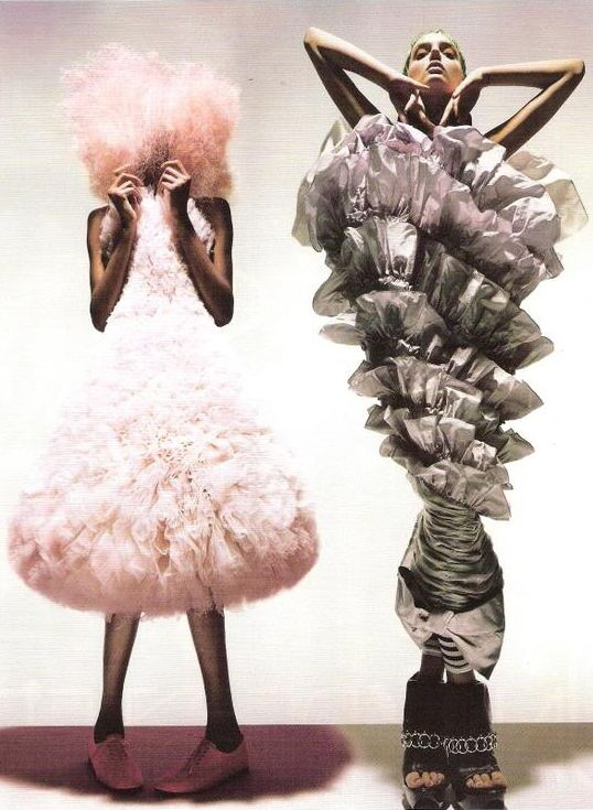 Unbelievable Fashion Jourdan Dunn & Lily Donaldson by Nick Knight for Vogue UK.❥