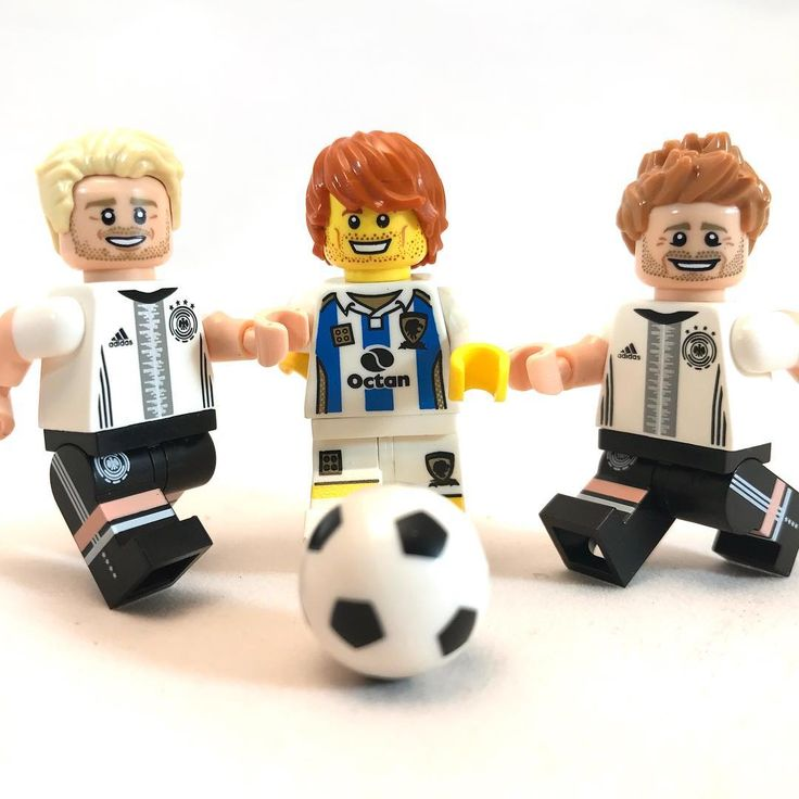 Soccer/Football! Love those DFB figures even though Im not a football fan  #soccer #lego #football #toys #legos #minifig #minifigure #minifigures #harrypotter #starwars #DFB #toy