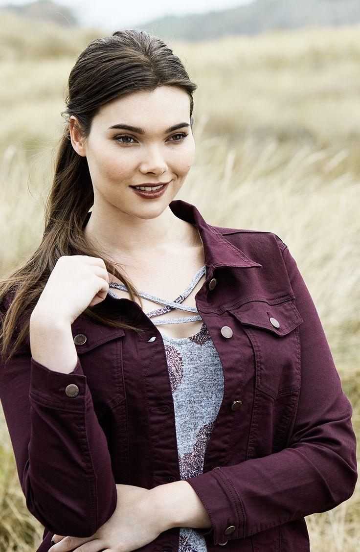 K+K - plus sized clothing for the curvy woman sizes 10-26. Autumn fashion. Winter fashion. Jean jacket. Denim jacket. Berry jacket.