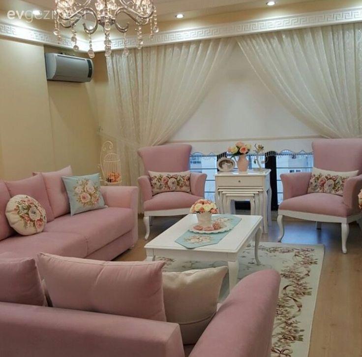 Ein elegantes und süßes Zuhause, dominiert von Pink.