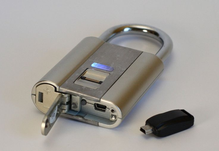 iFingerLock Fingerprint Biometric Padlock - Best gear and gadgets for men. The place to find cool stuff for guys.