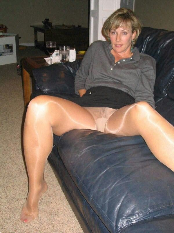 Upskirt moms and pantyhose wives