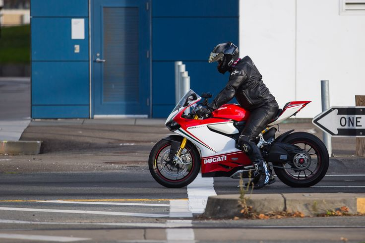 ducati 1199 panigale commuter in full leathers | motorcycles of