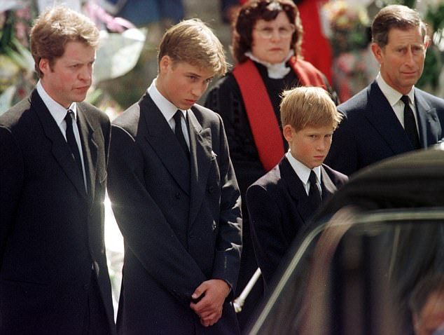Hidden Turmoil Behind Diana S Funeral Revealed Diana Funeral