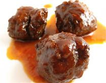 for the house warmingEasy Meatballs, Sweets And Spicy Meatballs, Crock Pots, Ground Beef, Baking Meatballs, Meatballs Recipe, Crockpot Sweets, Meatball Recipes, Crockpot Recipe